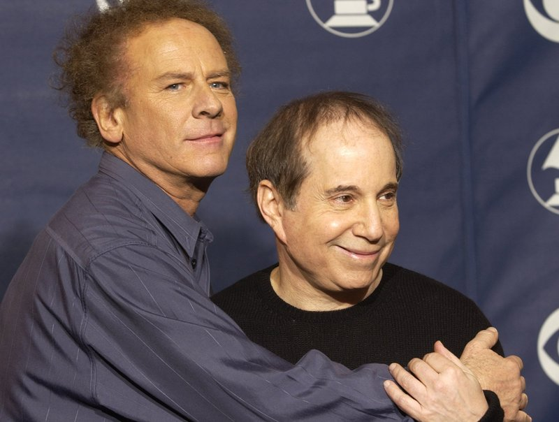 http://timesonline.typepad.com/photos/uncategorized/2007/09/20/simon_and_garfunkel_2.jpg