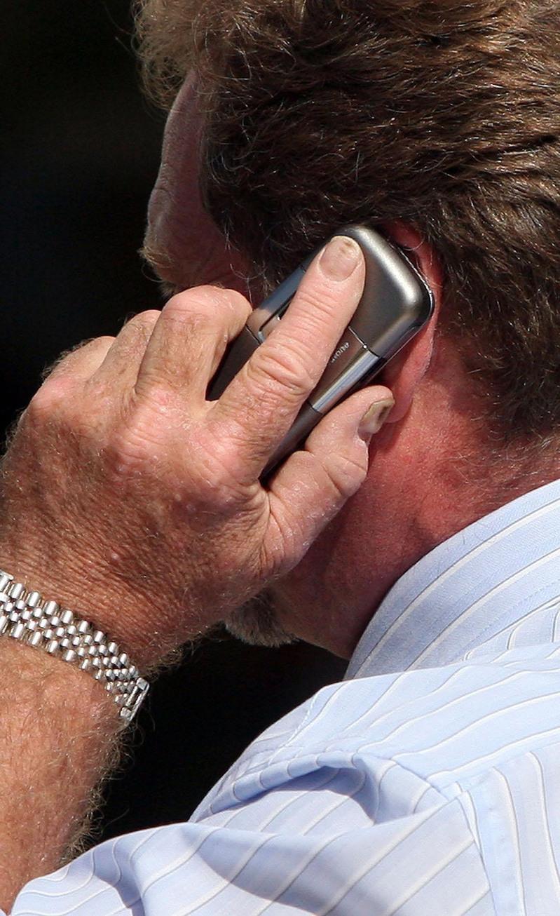 اثرات منفی تلفن همراه   مضرات موبایل
